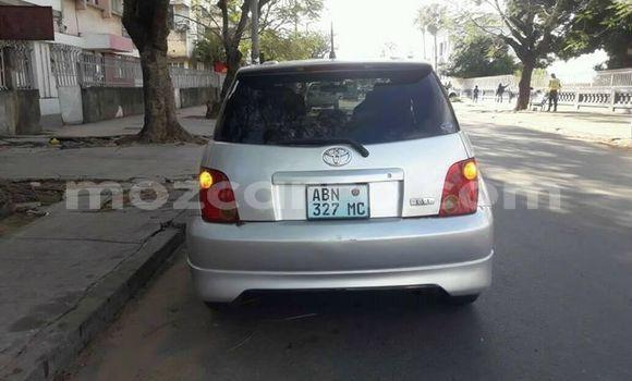 Comprar Importar Toyota IST Prata Carro em Maputo em Maputo