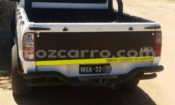 Comprar Usado Ford Ranger Branco Carro em Maputo em Maputo