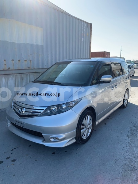 Big with watermark used car for sale in japan honda elysion 2010 18