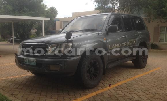 Comprar Usado Toyota Land Cruiser Preto Carro em Maputo em Maputo