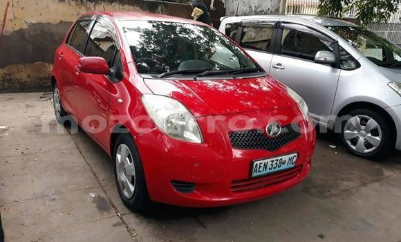 Buy Used Toyota Vitz Red Car in Maputo in Maputo