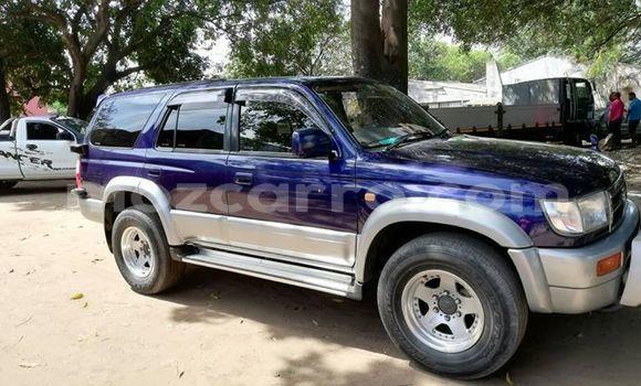 Comprar Usado Toyota Hilux Surf Azul Carro em Maputo em Maputo