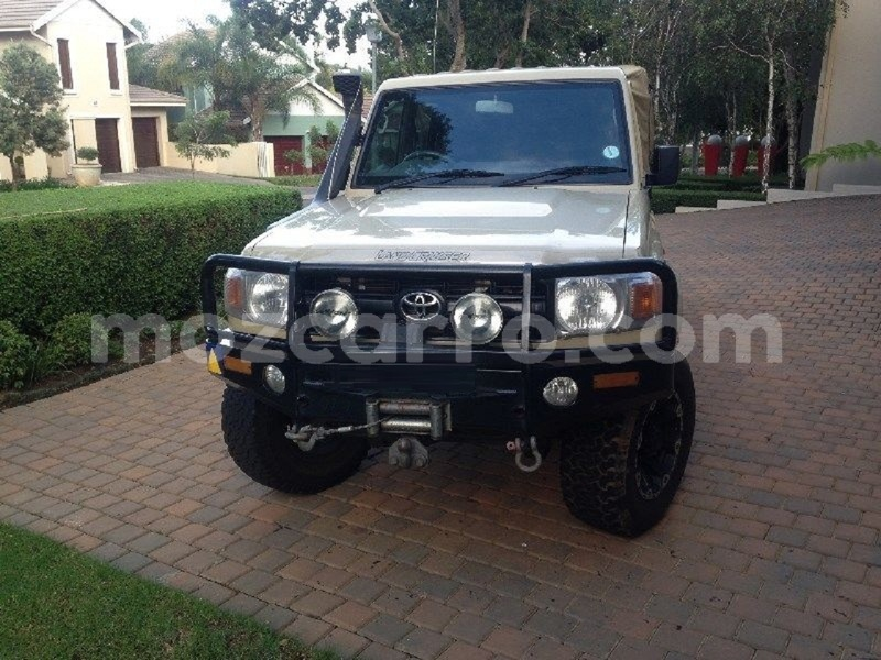 Big with watermark toyota land cruiser maputo maputo 9708