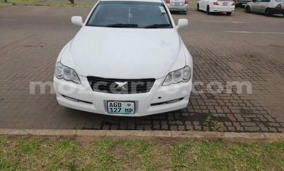 Comprar Usado Toyota Mark X Branco Carro em Maputo em Maputo