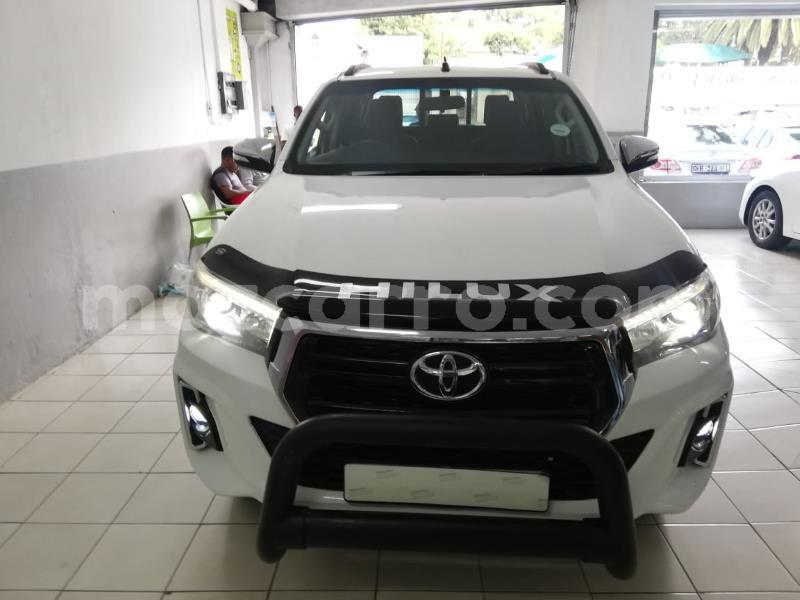 Big with watermark toyota hilux zambezia gile 9767