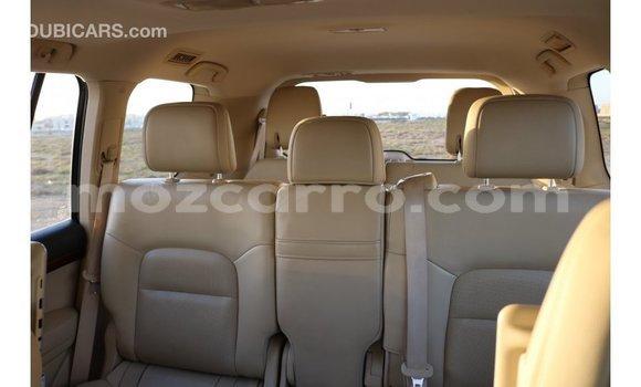 Comprar Importar Toyota IST Branco Carro em Import - Dubai em Cabo Delgado