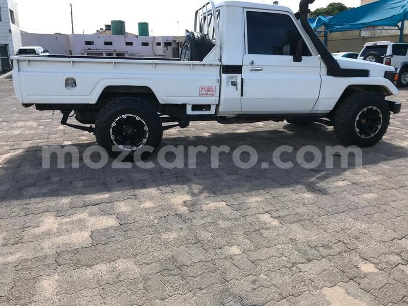 Big with watermark toyota land cruiser maputo maputo 10490