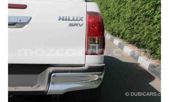 Comprar Importar Toyota Hilux Preto Carro em Import - Dubai em Cabo Delgado