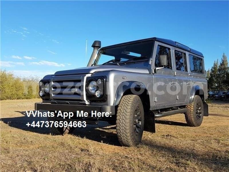 Big with watermark land rover defender maputo maputo 10784