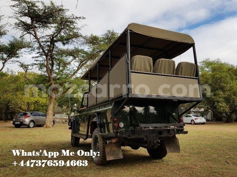 Big with watermark land rover defender maputo maputo 10787
