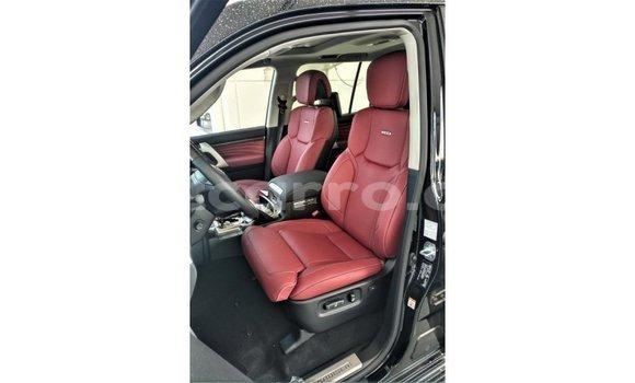 Comprar Importar Toyota Land Cruiser Preto Carro em Import - Dubai em Cabo Delgado