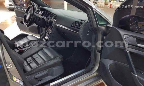 Comprar Importar Volkswagen Golf De outros Carro em Import - Dubai em Cabo Delgado