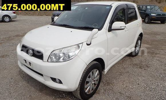 Comprar Usado Toyota Rush Branco Carro em Maputo em Maputo