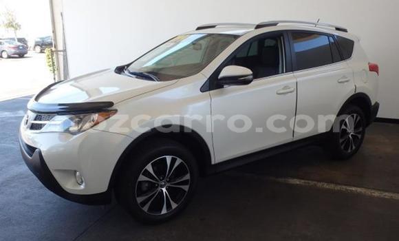 Comprar Usado Toyota RAV4 Vermelho Carro em Maputo em Maputo