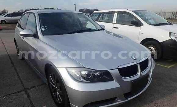 Comprar Usado BMW 3-Series Prata Carro em Maputo em Maputo