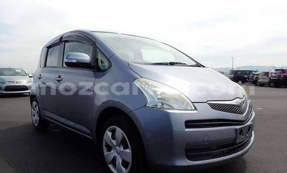 Comprar Usado Toyota Ractis Prata Carro em Maputo em Maputo