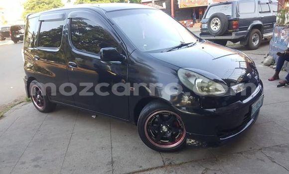 Comprar Usado Toyota FunCargo Preto Carro em Maputo em Maputo