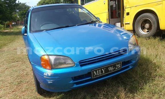 Comprar Usado Toyota Starlet Azul Carro em Maputo em Maputo