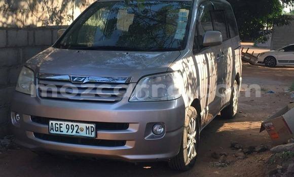 Comprar Usado Toyota Alphard De outros Carro em Maputo em Maputo