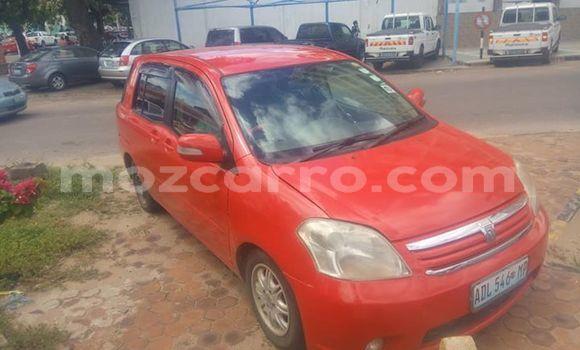 Comprar Usado Toyota Raum Vermelho Carro em Maputo em Maputo