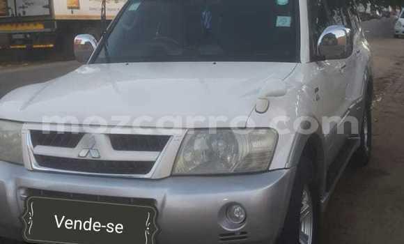 Comprar Usado Mitsubishi Pajero Branco Carro em Maputo em Maputo