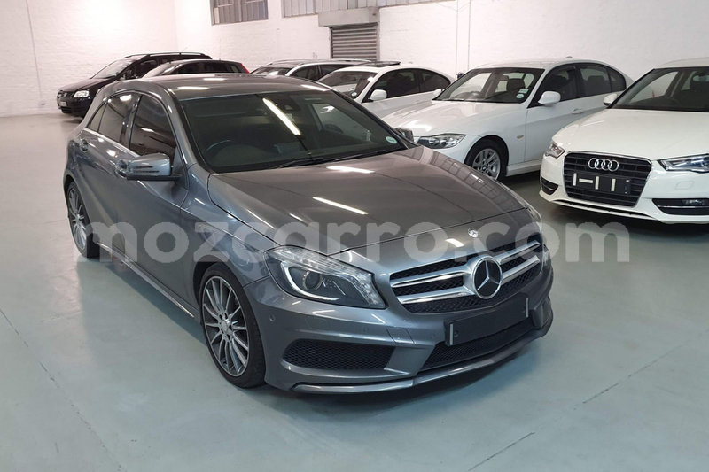 Big with watermark 2013 mercedes benz a class a 200 amg sport5