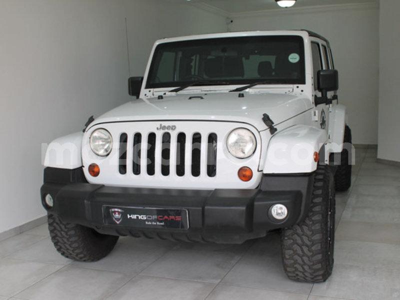 Big with watermark 2013 jeep wrangler 2.8 crd unltd sahar4