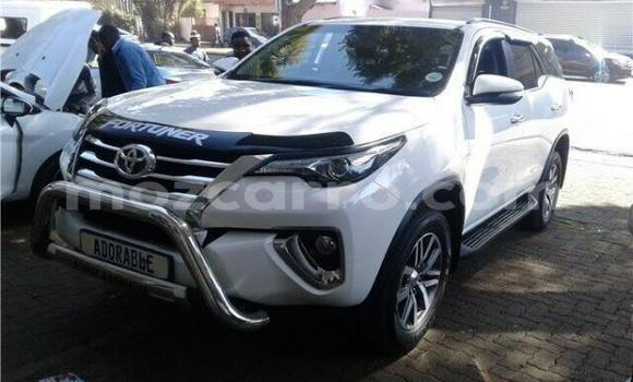 Medium with watermark 2017 toyota fortuner 2.8 gd 6 4x4 at white with 82000km available now 1568804625 1