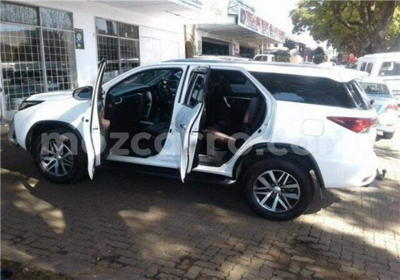 Big with watermark 2017 toyota fortuner 2.8 gd 6 4x4 at white with 82000km available now 1568804628