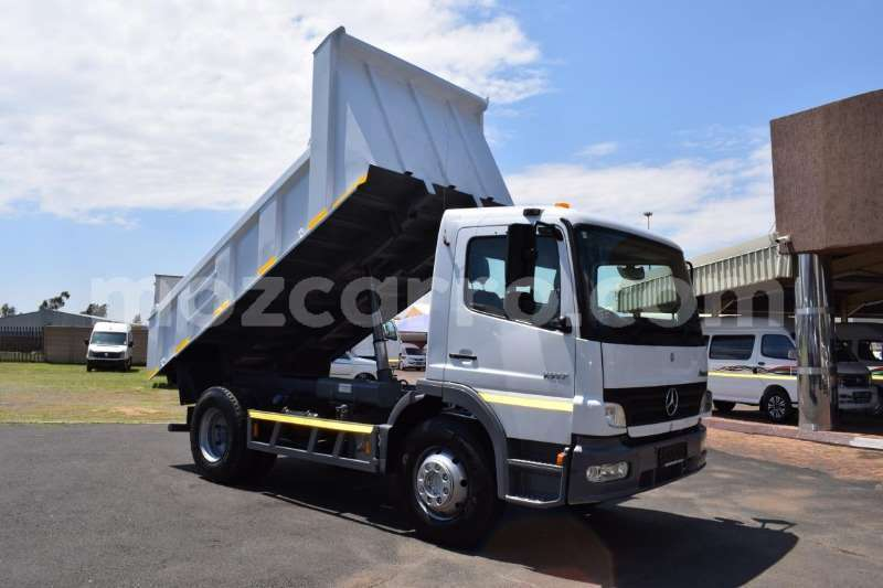 Big with watermark mercedes benz atego maputo maputo 8073