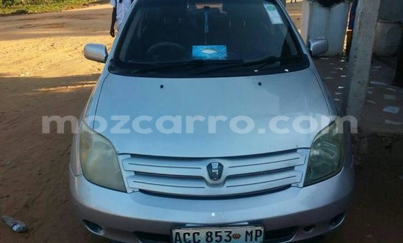Buy Used Toyota IST Silver Car in Ancuabe in Cabo Delgado