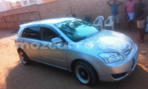Comprar Usado Toyota Runx Prata Carro em Ancuabe em Cabo Delgado