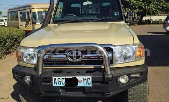 Buy Used Toyota Land Cruiser Other Car in Ancuabe in Cabo Delgado