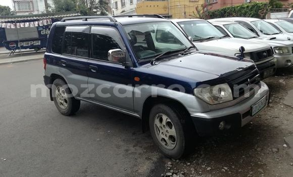 Buy Used Mitsubishi Pajero Blue Car in Ancuabe in Cabo Delgado