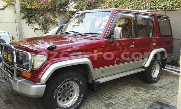 Buy Used Toyota Land Cruiser Prado Red Car in Maputo in Maputo