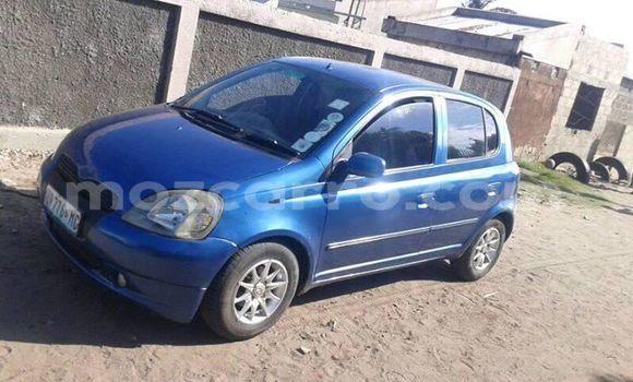 Comprar Usado Toyota Vitz Azul Carro em Maputo em Maputo