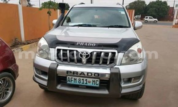Buy Used Toyota Land Cruiser Prado Silver Car in Maputo in Maputo