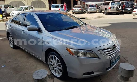 Buy Used Toyota Camry Silver Car in Maputo in Maputo