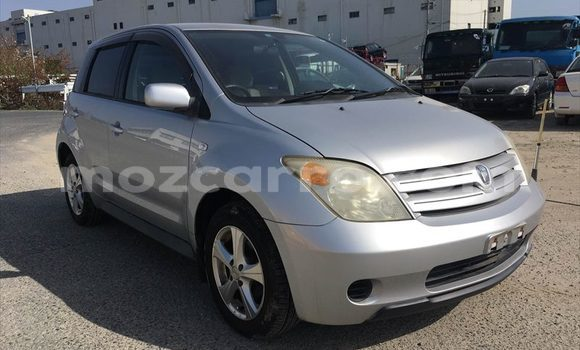 Buy Used Toyota IST Silver Car in Maputo in Maputo