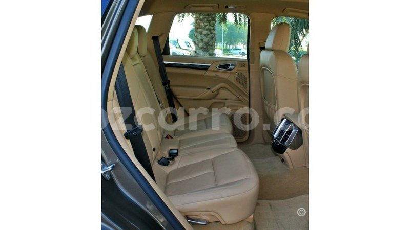 Big with watermark porsche cayenne cabo delgado import dubai 8686
