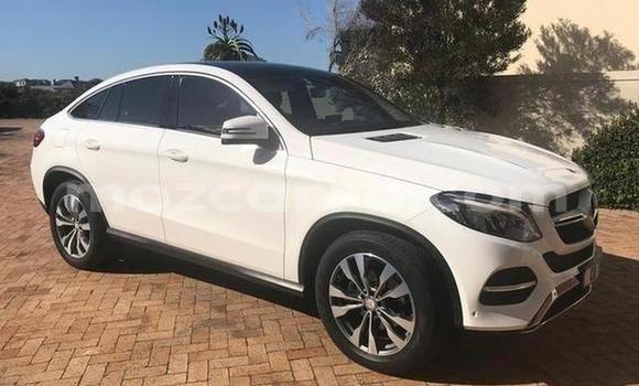 Buy Used Mercedes Benz GL-Class White Car in Maputo in Maputo