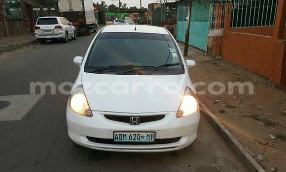Buy Used Honda Fit White Car in Maputo in Maputo
