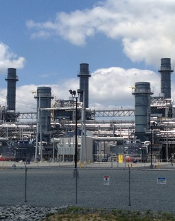 Thumb combined cycle gas fired power plant